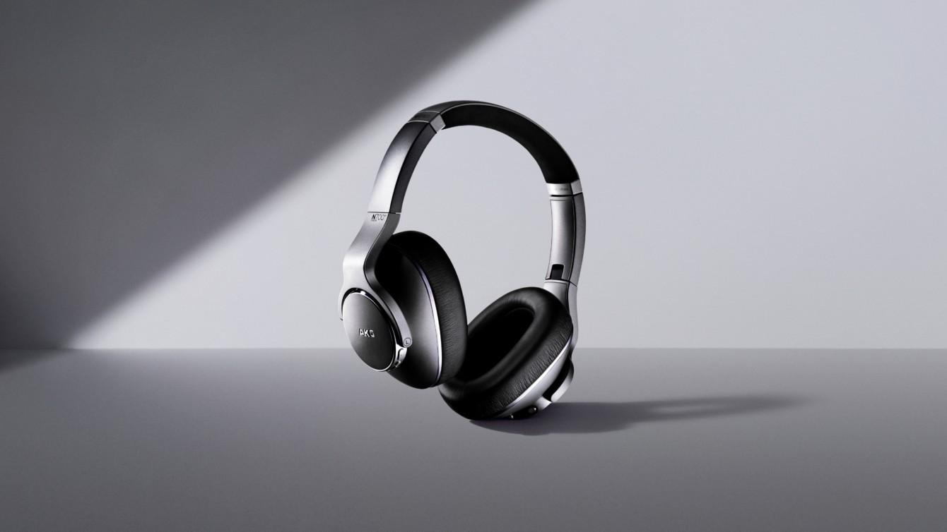 Samsung представила навушники із шумопоглинанням бренду AKG - ТехноФан c735a9a827391