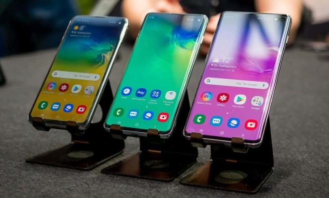 Список смартфонів, які обновлять до Android 10