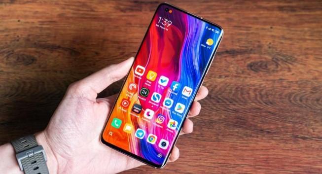 Флагманський смартфон Xiaomi впав в ціні до рекордно низького рівня