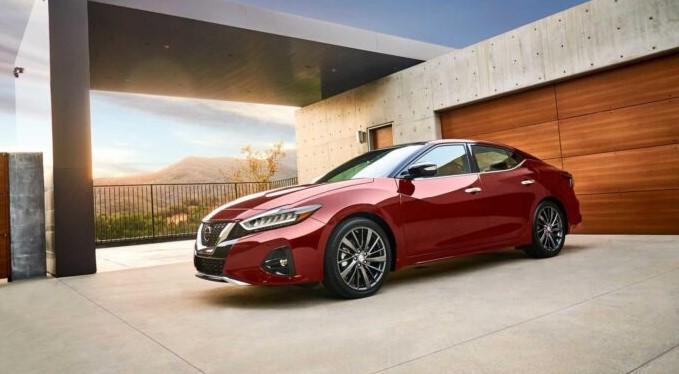 Nissan Maxima буде замінений потужним електрокаром