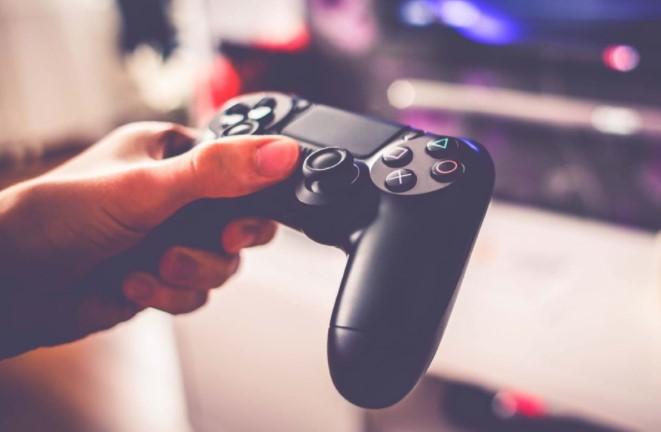 Sony в два рази обрушила ціну PlayStation 4 Slim
