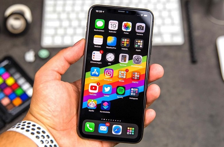 Цегла замість iphone: шахрайська схема з оплатою на пошті