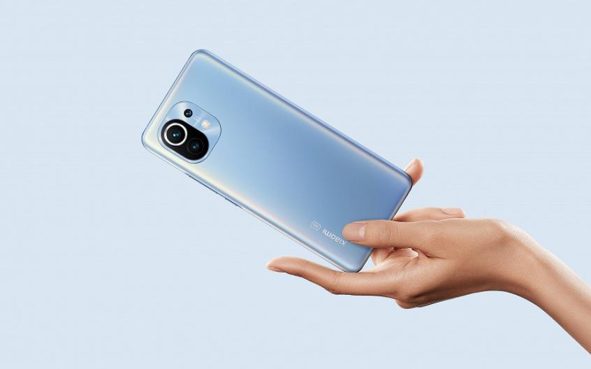 Як Xiaomi продала флагманські смартфони за 3000 гривень