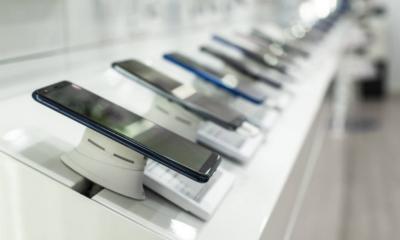 Магазини техніки в паніці: в країні дефіцит смартфонів